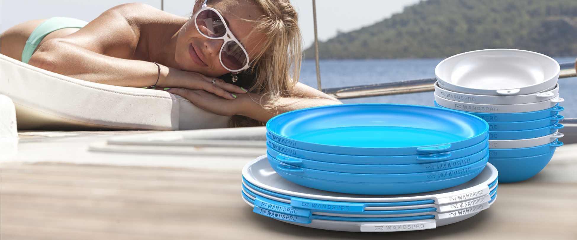 Wandspro ClipCroc stacks easily on any boat and is rattle free